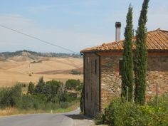 Near Chianni Tuscany, Countryside, Medieval, Mountains, Landscape, Beach, Places, Travel, Voyage