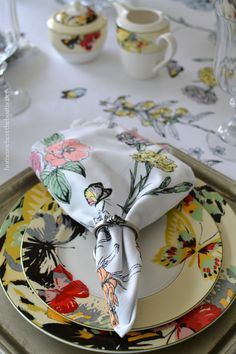Mikasa Modern Butterfly | homeiswheretheboatis.net  #tablescape