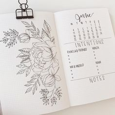 Some easy, simple and practical ideas to help you start your journal bullet and was very nice. COMBINE WITH DIFFERENT COLORS small drawings. With some pictures of what you prefer. Bullet Journal Inspo, Bullet Journal Notebook, Bullet Journal Themes, Bullet Journal Layout, Bullet Journal Spread, Journal Design, Creative Journal, Weekly Log, Journal Pages