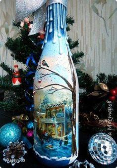 Здравствуйте дорогие мастера и мастерицы! С наступающим Новым годом и Рождеством! Очень давно меня не было и я очень соскучилась по Вам! Вот выдалось немного свободного времени и задекорировала бутылочки в подарок. фото 16