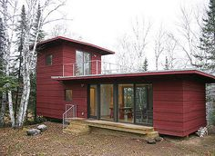 """Introducing """"Shedquarters"""": The Hot New Trend Home-Based Business Owners Are Drooling Over"""