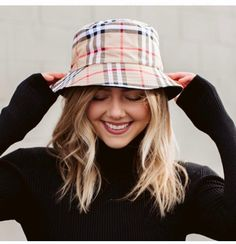 Plaid bucket hat    Fast and free shipping Trendy Accessories, Black Spot, Corduroy, Bucket Hat, Spring Summer, Plaid, Beige, Fashion Outfits, Boutique