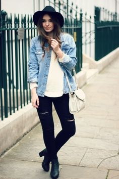 Street Style: oversize denim jacket with ripped jeans and fedora hat #grunge