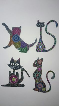 Siluetas de gatos en puntillismo Mandala Art, Mandala Painting, Tropical Wall Decor, Cat Doodle, Wood Cat, Arte Country, Dot Art Painting, Metal Wall Art, Painted Rocks