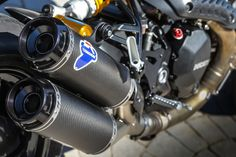 Racing Cafè: Ducati Monster 1200R Ducati Performance 2016