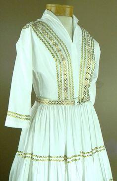Vintage Mexican Dress Western Dress w/ Full Skirt Dress w/Gold Floss Thread Circle Skirt Designer Label Miami Cotton Muslin Dress by LOVEbyAprilLeigh on Etsy Mexican Dresses, 50s Dresses, Vintage Dresses, Vintage Clothing, 1950s Outfits, Retro Outfits, Muslin Dress, Cotton Muslin, 1950s Fashion