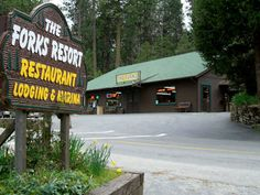 The Forks Resort Restaurant at Bass Lake . this memory makes me cry .Our summers at bass lake were unforgettable. Best Places To Camp, Cool Places To Visit, Places To Go, Bass Lake California, California Travel, Bass Lake Cabins, Us Vacation Spots, Nevada Mountains, Yosemite National Park