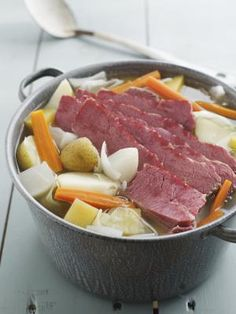 New England boiled dinner with corned beef Slow Cook Corned Beef, Baked Corned Beef, Corned Beef Brisket, Cook Ham, Corn Beef And Cabbage, Cabbage Recipes, Beef Recipes, Cooking Recipes, Cooking Humor