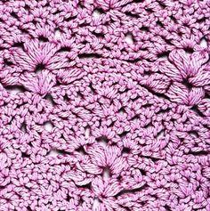 узор крючком с рельефными цветами1