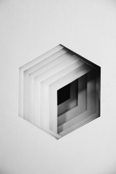 Unquoted Sheets    © Maxime Tetard    http://www.les-graphiquants.fr Art Of Noise, Geometric Form, Pattern Design, Graphic Design Illustration, Illustration Art, Architecture Design, Paper Architecture, Paper Artwork, Geometry