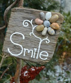 Wooden sign, driftwood sign, driftwood art, pebble art, pebble flower, Smile…