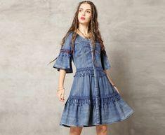 Rochia de blugi este un must-have. Kalimeramark.ro este o stare de bine. Fii deosebita, indrazneste! #rochii #rochiidenim Waist Skirt, High Waisted Skirt, Fii, Jeans, Denim, Skirts, Fashion, Everything, Moda