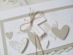 Eine Freundin von mir hat eine Hochzeitskarte bestellt, um sie ihrer Schwester zu schenken. Sie wollte gerne die Namen des Brautpaares mit d...