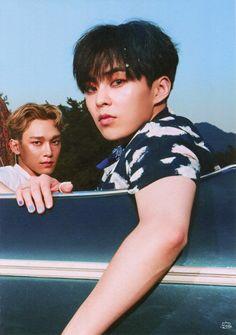 exo xiumin kim minseok and chen kim jongdae