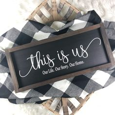 This is us mini sign { Black Background } Diy Signs, Home Signs, Rustic Wood Signs, Wooden Signs, Best Photo Background, Diy Letters, Sign Display, Diy Resin Crafts, Family Name Signs
