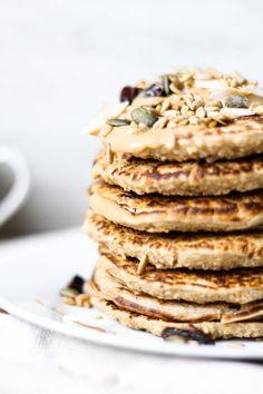 Oat Flapjacks Non Stick Pan, Granola, Cocoa, Peanut Butter, Fries, Vegan Recipes, Chocolate, Baking, Breakfast