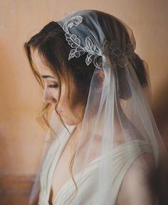 Wedding Juliet cap lace veil, cathedral length, style 114 | New 2017 collection of Elibre handmade| Photography: Nadia di Falco Photography www.fotografamatrimoni.it, Wedding dress: Oui cheri, Make up & hairstyle: Stefania Bon, Model: Elena Semenzato