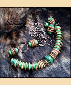 Оригинальное колье из турквенита и кокоса. Украшения из натуральных камней от Ирины Коршун