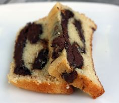 Nutella Pound Cake.: Whoever invented Nutella should recieve an award. Or be arrested.