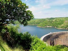 Kariba Dam, largest hydroelectric power in Africa - worldtourismplace Amazing Photos, Amazing Places, Cool Photos, My Route, African Life, Hydroelectric Power, Plunge Pool, Closer To Nature, Continents
