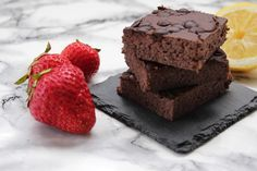 """Die nächste Folge """"Carina macht Süßes aus komischen Zutaten""""!Die Protein Brownies aus Kidney Bohnen sind ein toller, ballaststoffreicher Snack oder Dessert!"""