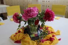 Aranjament floral bujori Bicycle Wedding, Floral Wreath, Wedding Inspiration, Wreaths, Table Decorations, Home Decor, Decoration Home, Room Decor, Bouquet