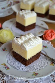 Hungarian Recipes, Hungarian Food, Cake Recipes, Dessert Recipes, Mini Cheesecakes, Naan, Nutella, Low Carb, Sweets