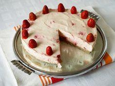 CHEZ LUCIE: Jahodový cheesecake s bílou čokoládou
