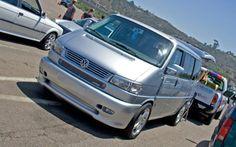 http://image.trucktrend.com/f/23385351+w750+st0/163_0907_37z+socaleuro_meet_2009+Volkswagen_eurovan.jpg