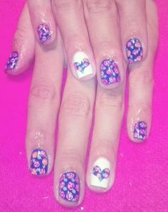 Rosas Nails, Beauty, Roses, Blue Prints, Finger Nails, Ongles, Beauty Illustration, Nail, Nail Manicure