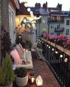 Small Balcony Design, Small Balcony Garden, Small Balcony Decor, Small Patio, Balcony Ideas, Modern Balcony, Terrace Garden, Patio Ideas, Diy Patio
