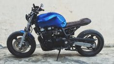1994 ZR7 Kawasaki 750cc custom by Kunnak Design @ Cambodia