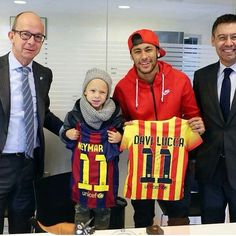 Neymar Jr and son become members of FC Barcelona - video dailymotion