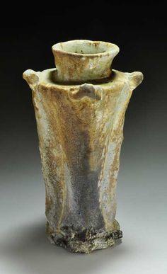 Shiho Kanzaki (1942 - ) Shigaraki, anagama, ten-day anagama wood firing, with natural ash deposits Iga flower vase. igahana-35