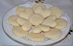 Butter Cookies Recipe: easy recipe with step-by-step photos for preparing the perfect butter cookie that melts in your mouth. My Favorite Food, Favorite Recipes, Butter Cookies Recipe, Melt In Your Mouth, Food Dishes, Cookie Recipes, Easy Meals, Sweets, Homemade