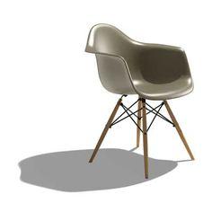MASTER BEDROOM DESK CHAIR Herman Miller Eames Molded Plastic Chair Armchair DAW Dowel-Leg Base Sparrow