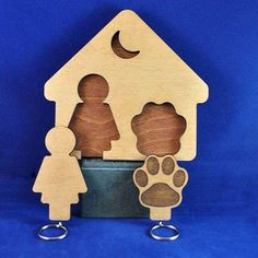 SHOP: @T2Kreations features laser cut and engraved homeware personalised gifts and bespoke products. THE DETAILS: Who says a dog is MAN's best friend? Loving this cute key and dog lead holder that can be mounted to the wall. Visit http://ift.tt/1PlmGar to see more!