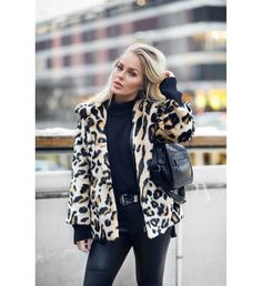 Jacket: tumblr leopard print printed fur black turtleneck top black top top pants black pants
