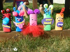Turn your Family into Monsters!  #howdoesshe #monstercrafts #halloweenactivities howdoesshe.com