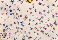 Photographer Gray Malin traveled the world for his series A La Plage, A La Piscine. Here's a view of Bondi Beach, Australia from above. Photography Series, Aerial Photography, Beach Photography, Fashion Photography, Perspective Photography, House Photography, Photography Projects, Photography Editing, People Photography