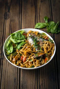 Tomato Pilchard Pasta with Spinach - a dinner bowl bursting with nourishing, economical ingredients.  #MyMzansiPasta #Knorr #Pasta #SouthAfrican