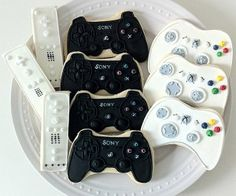 Game Controller Cookies: Press A to eAt