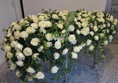 Fioreria Oltre/ In memoriam/ Funeral flowers/ White roses full casket spray  https://it.pinterest.com/fioreriaoltre/fioreria-oltre-in-loving-memory/