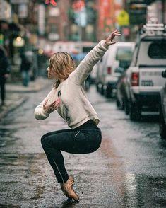 Ballerinas in City Backdrops   POPSUGAR Fitness