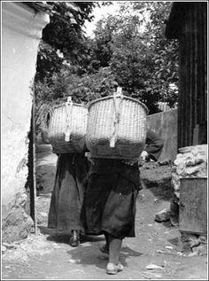 Puttonyosok (Angyalfi Andor felvétele, 1930 körül) Brassai