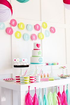 Kate's Peace & Love 9th Birthday Party | Styled by The TomKat Studio