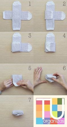 Meias, como dobrar, pendurar e guardar Folding socks just became a thing! How to fold socks & store~♡ Organize socks to fit in drawers Not Marie Kondo but interesting Folding Socks, Marie Kondo, Clothing Hacks, Useful Life Hacks, Packing Tips For Travel, Packing Tricks, Storage Organization, Dresser Drawer Organization, Clothing Organization