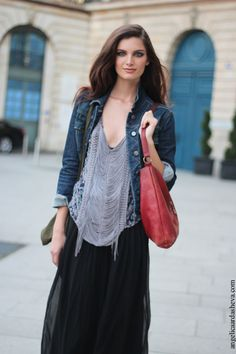#AvaSmith working a denim jacket with her maxi #offduty in Paris.