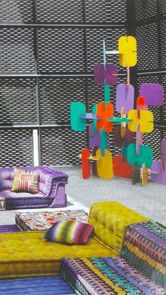 Le Violet, une couleur de Prince | leszateliers Pantone, Violet, Decoration, Prince, Kids Rugs, Home Decor, Color, Dekoration, Kid Friendly Rugs