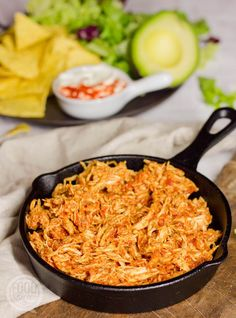 Cooks Slow Cooker, Slow Cooker Huhn, Slow Cooker Chicken, Pulled Chicken Tacos, Pulled Chicken Recipes, Diner Recipes, Mexican Food Recipes, Healthy Recipes, Diner Food